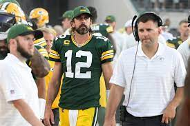 Former Packers teammate shreds Aaron ...