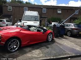 Daily Hire Off Writes Crash In 30mph Driver £225 Lamborghini 000 AAOxzrwq