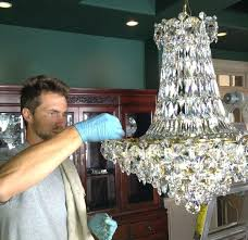 best way to clean a chandelier chandeliers cleaning crystal chandelier chandeliers with vinegar