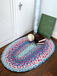 how to make a braided rug from old t shirts