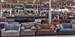 Inside Nebraska Furniture Mart Business Insider