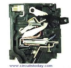 working of circuit breakers electronic circuits and diagrams circuit breaker diagram schematic at Circuit Breaker Diagram