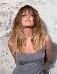 Degrade Cheveux Long Raie Au Milieu Modele Coiffure 2019