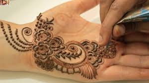 How To Apply Gulf Mehendi Designs On Palm Dubai Rose Petals Mehndi Arabic Henna Designs For Palm