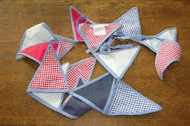 LAURA ASHLEY CHILD'S Bunting - Red, White, Blue Hanging Flags - £4.20 |  PicClick UK