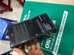 iPhone 11 Pro max Gold hàng chính hãng VNA Viettel Store! Máy nguyên seal  chưa active bảo hành đủ 1 - 29.500.000đ