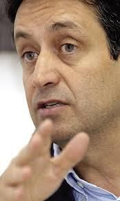 El director del Festival de Música de Canarias, Juan Mendoza, durante esta entrevista. ANDRÉS CRUZ. DIEGO F. HERNÁNDEZ - El Festival de Música de Canarias ... - 2009-01-15_IMG_2009-01-08_22:51:08_juan_mendoza