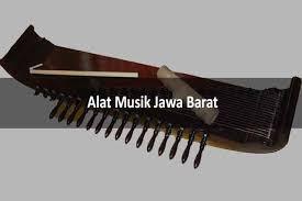 Alat musik ritmis adalah salah satu alat yang tidak akan dapat membunyikan beberapa nada tertentu. 8 Alat Musik Jawa Barat Beserta Gambar Penjelasan Lezgetreal