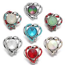 new beauty colorful hearts pattern hollow rhinestone 18mm snap ons for snap jewelry whole kz3244