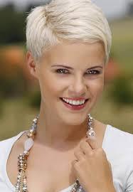 Vijf Eenvoudige Regels Van Blonde Kapsels Halflang Haar