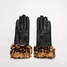 women s real leather gloves in black with faux leopard fur