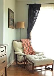 comfortable reading chair. White Reading Chair Best Small Bedroom Chairs For Striking Photos Concept Comfy Comfortable D