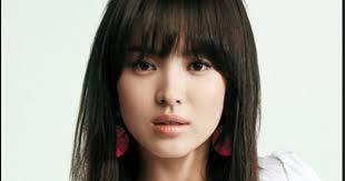 Potongan rambut model mohawk, menampilkan kesan lebih muda dan cocok untuk semua postur tubuh pria. 25 Rambut Pendek Wanita Wajah Lonjong Ide Baru