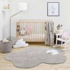 Grey Cloud Rug for a minimalist nursery decoration #nurseryroom  #nurserydecor #rugs
