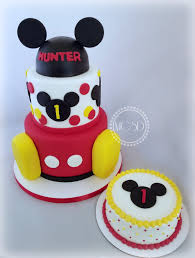 Mickey Mouse 1st Birthday Cake Babys 1st Birthday Party In 2019