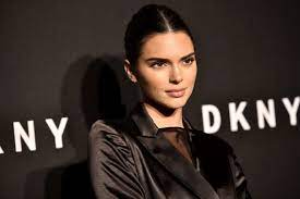 Kendall Jenner Has Hair Down to Her ...