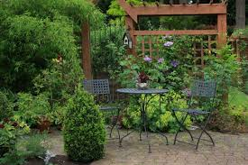 how to secure your garden trellis