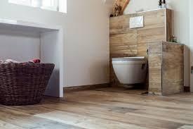 Badezimmer Fliesen Holzoptik Andere Weltennet