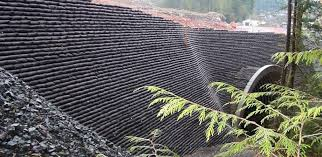 their earth walling system and earthbag building there s basically no difference what do you think does this count as a gravity retaining wall