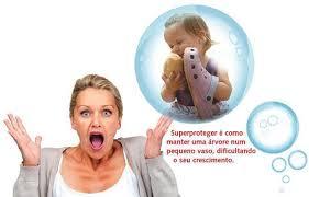 Image result for fotos de crianças superprotegidas pelos pais