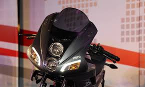 2014 Hero Motocorp Karizma R Vs Bajaj Pulsar 220f Indian Cars Bikes