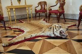 tiger skin rug book
