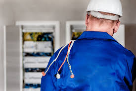 Construction Electrician 3 Reasons To Become A Construction Maintenance Electrician
