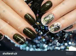 Beautiful Nail Art Manicure Nail Designs Stock Photo 600269699 ...