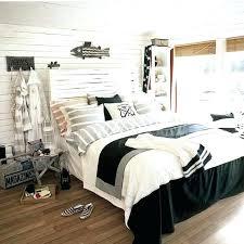 White beach bedroom furniture Green Beach Bedroom Ideas Regarding Beach Bedroom Furniture Inspirations White Beach Bedroom Furniture Set Estoyen Beautiful Bedrooms Coastal Living Inside Beach Bedroom Furniture
