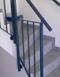 Wer seine treppe komplett selbst bauen will, sollte schon viel erfahrung im holzbau und der konstruktion von treppen haben. Treppengelander Selber Bauen Darauf Mussen Sie Achten Focus De