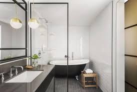 kimpton everly hotel bathtub in guestroom