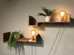 Wandplank Met Lamp