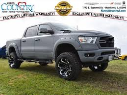 2019 RAM 1500 BIG HORN / LONE STAR CREW CAB 4X4 5'7 BOX