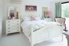 vintage looking bedroom furniture. antique furniture hunting tips vintage looking bedroom