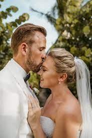 أخيرا.. هارى كين يتزوج صديقته رسميا بعد إنجاب طفلتين و7 سنوات حب - اليوم  السابع