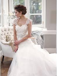 Mia Solano Außergewöhnliche Traumhafte Brautkleider aus Organza ...