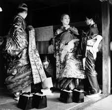 Memories of the 1950s geisha Stunning photos celebrate how the.