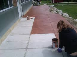 pouring a cement patio