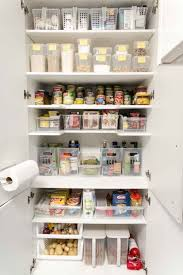 Declutter and organize your pantry - kitchen pantry organization ideas