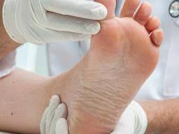 Foot Illness Chart Ten Common Foot Problems Causes And Treatment