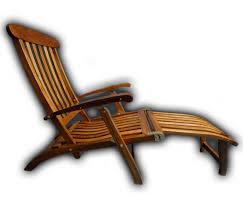 steamer chair w footrest