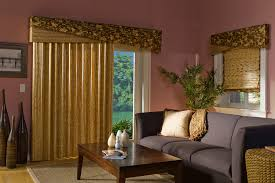outdoor space with window coverings