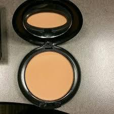 nc43 studio fix powder plus foundation