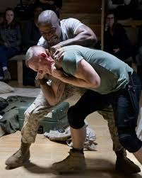 review jealousy and lies in a no exit theater of war in othello david oyelowo standing rear as othello wrestling daniel craig s iago in othello at new york theater workshop credit sara krulwich the new york