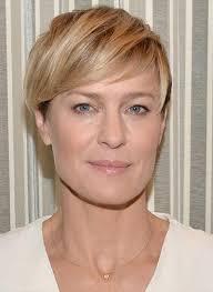 Frisuren Frauen Ab 50 Mit Brille Frisure Mode