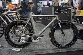 ib15 lynskey throws back with classic road jumps forward with