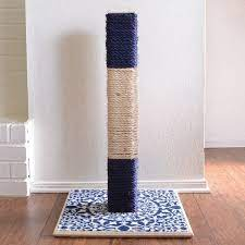 diy cat scratching post that literally
