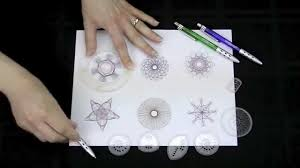 How To Use Spirograph Design Set Spirograph Deluxe Set