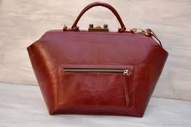 custom made leather bags italy