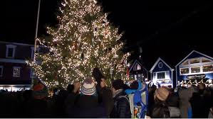 delights lighting. Christmas Prelude Delights Visitors In Kennebunkport Lighting S